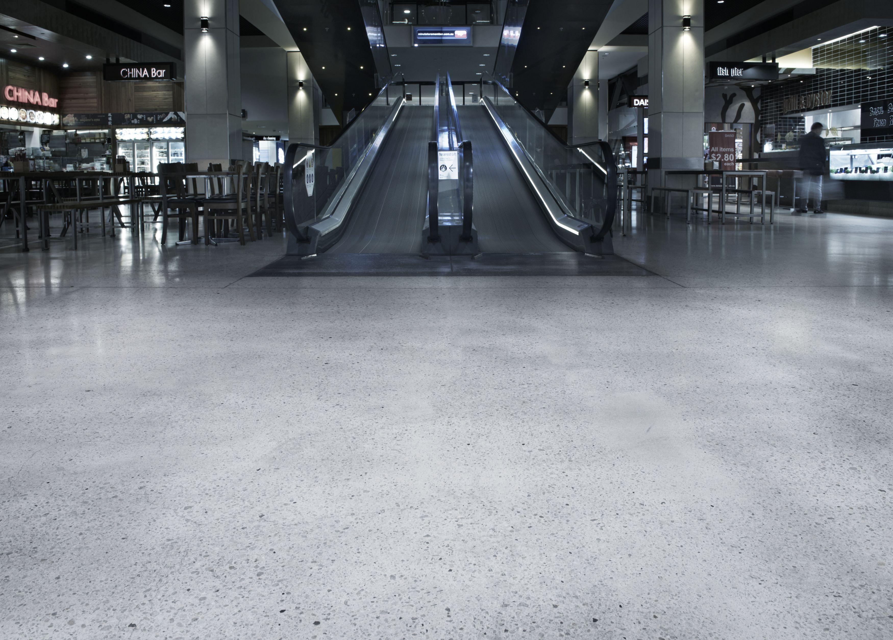 Hiperfloor finish s diamond grind floors for Mop on concrete floor wax